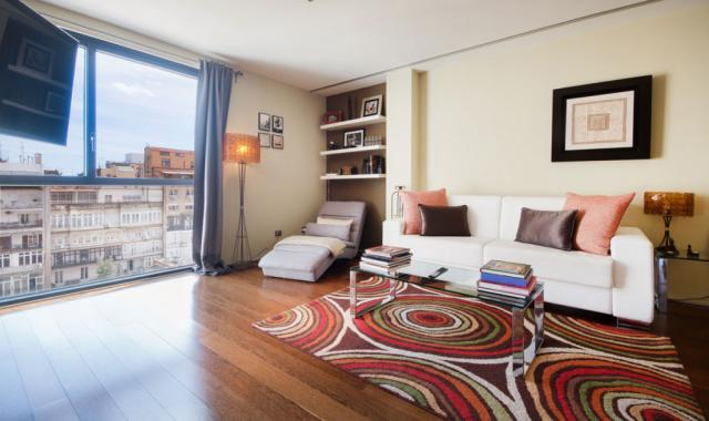 Chic 80m2 Apartment on Passeig de Gracia in the very center of Barcelona – B118